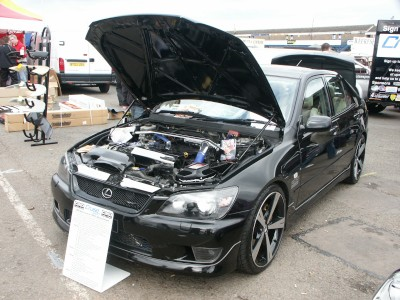 Lexus IS200 Supercharger: click to zoom picture.
